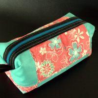 Solgt: Lyserød og blå patchwork taske