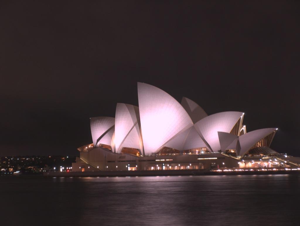 Operahuset i Sydney, om aftenen.