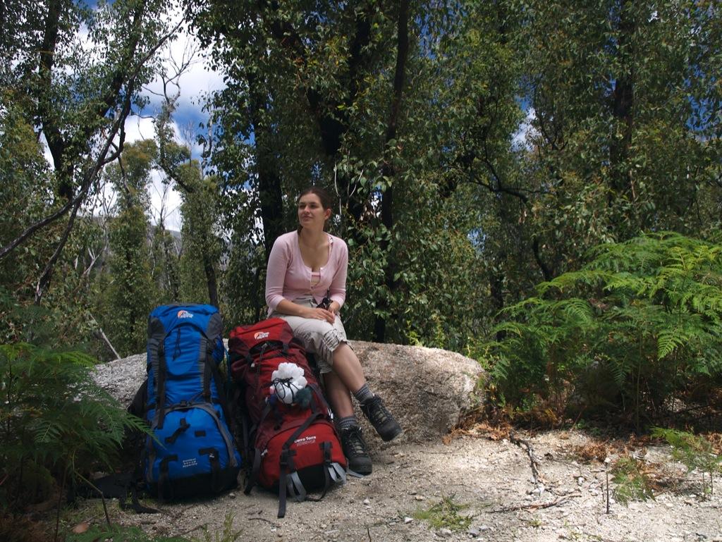 Vi holder en frokostpause i Wilsons Promotory National Park; starten af vores vandretur.