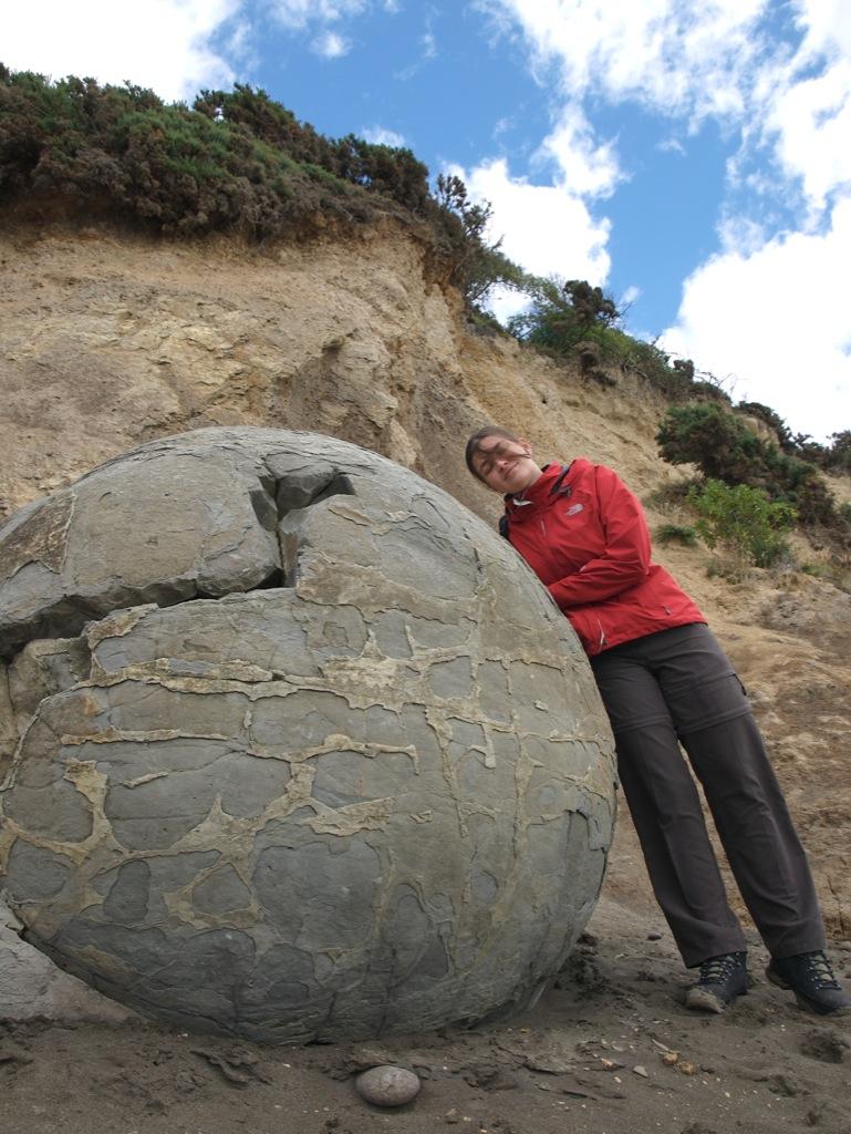 Mig ved Moeraki Boulders.