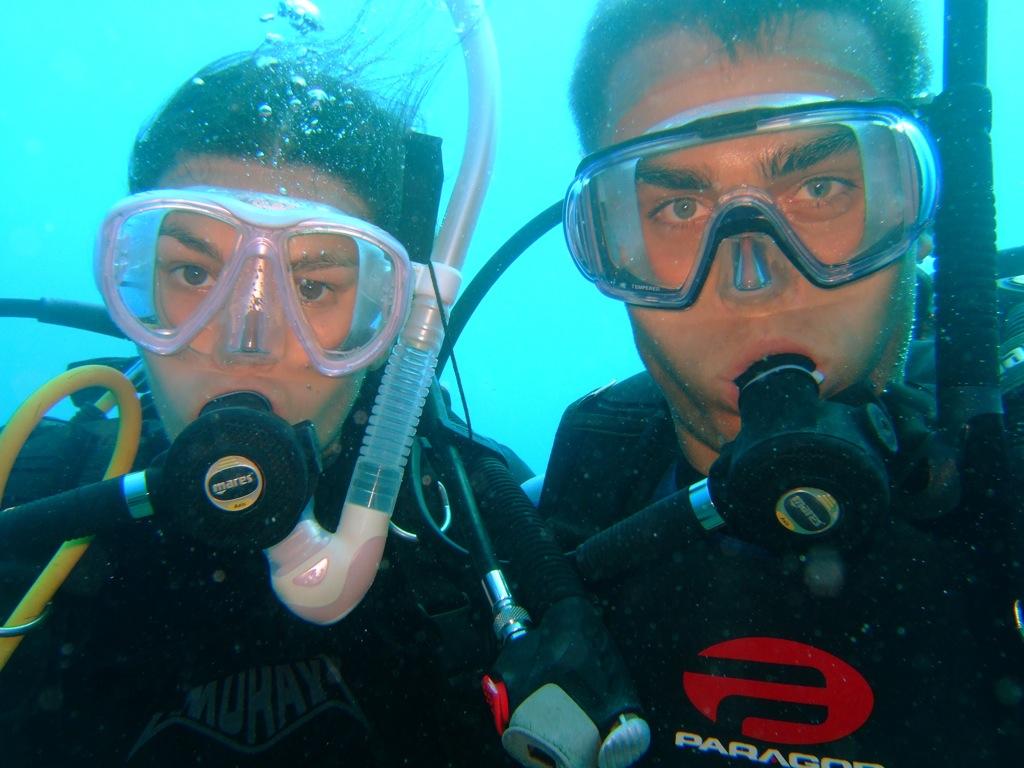 Anders og jeg under vandet i Cook-øerne (Aitutaki).
