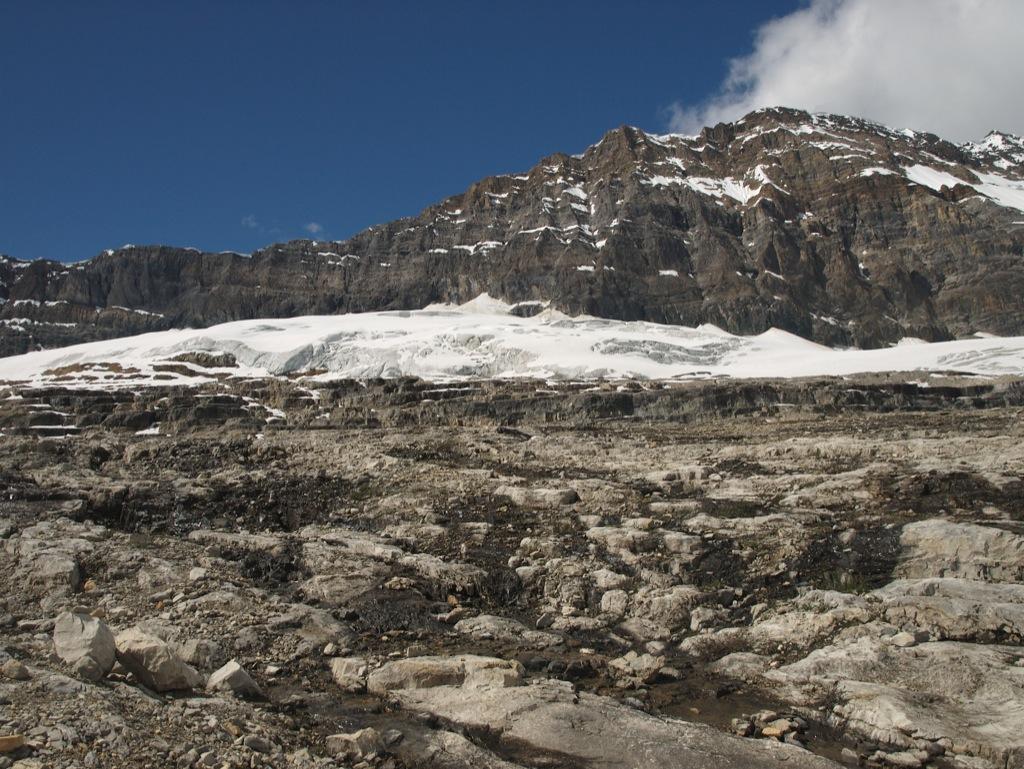 Gletscheren ser ud som om den er så tæt på, men det er nu langt endnu.