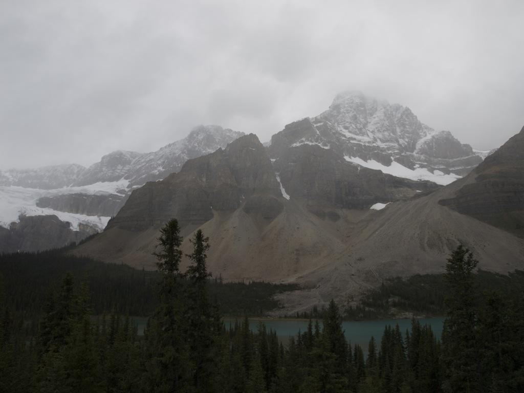 Bow summit og bow lake.