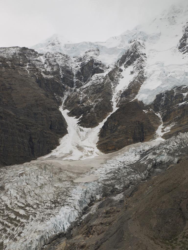 Berg Glaicer, som ligger op ad Mount Robson.