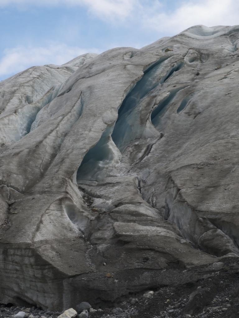 Fine udformninger i gletscheren.