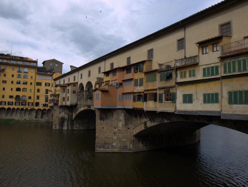 Ponte Vecchio; den ældste bro i Firenze.