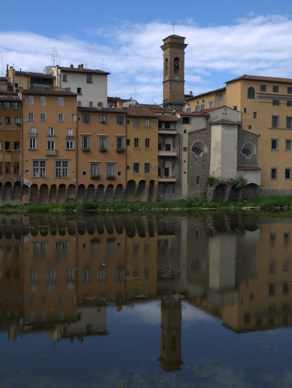 Endnu en flot spejling ved Arno River.