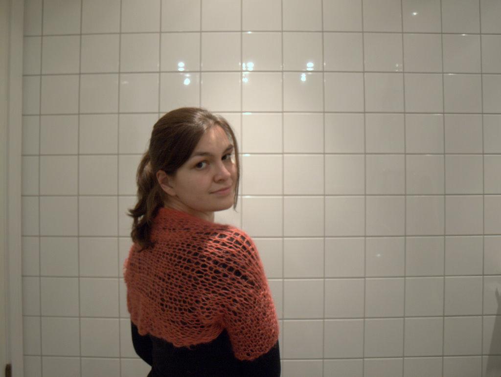 Fra siden, desværre lidt sløret, men ikke nemt at tage billeder af en selv, og så på badeværelset :)