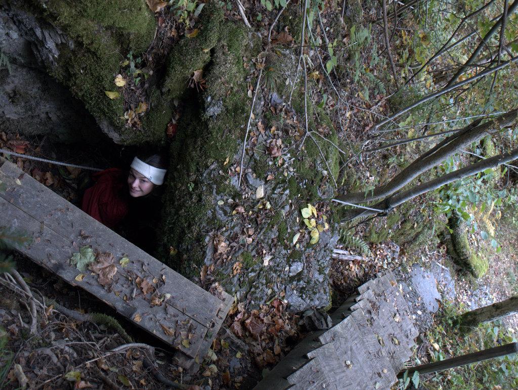 Der var enkelt snævre passager, hvor man kunne klatre igennem