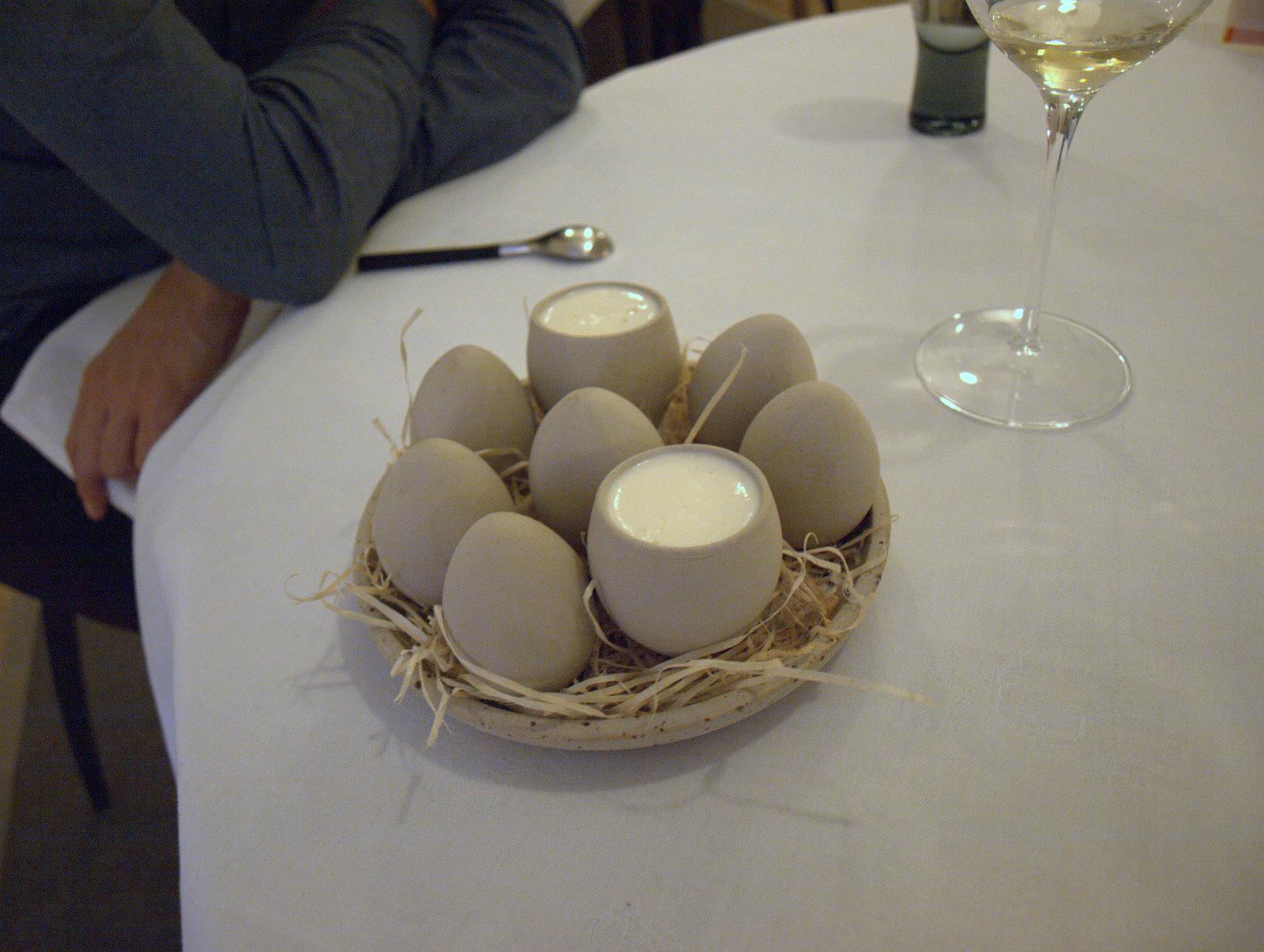 Æg og østers med blomkål og persille