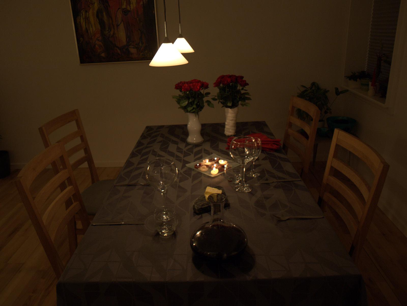 Nytårsbordet - minimal pyntet i år