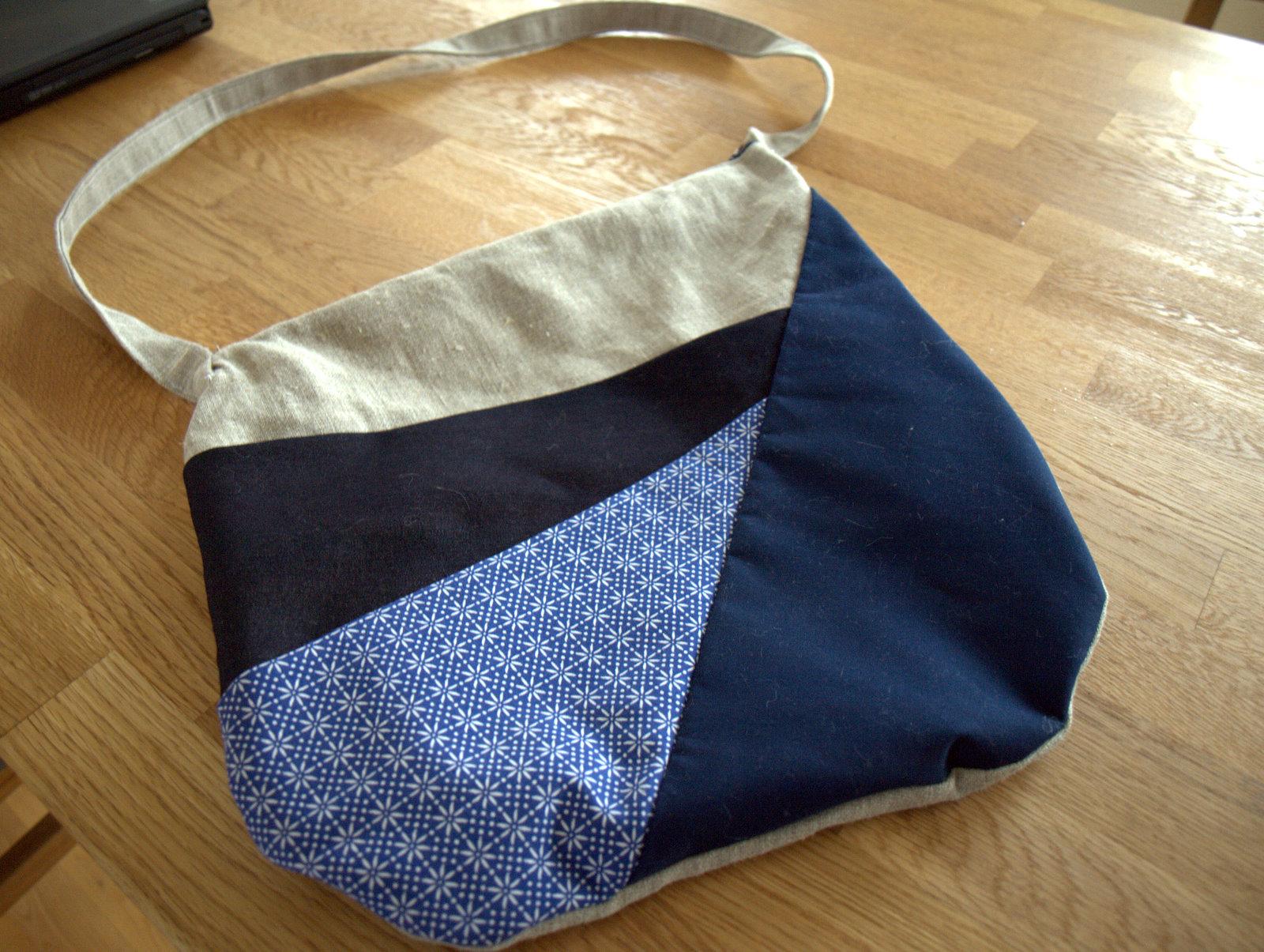 Asymmetrisk og unik Dorte-designet taske